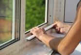 Высоконадежная установка пластикового окна: цена оптимальная для всех