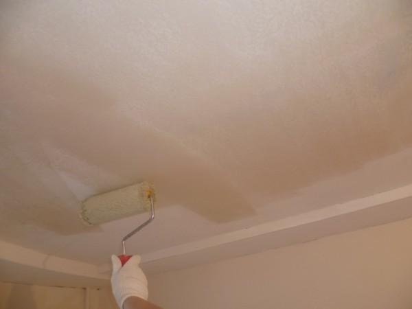 Сколько сохнет грунтовка на потолке