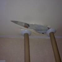 ремонт натяжного потолка порез видео